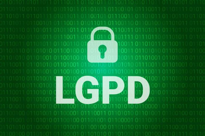 fundo verde com cadeado e letras LGPD