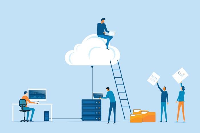 ilustração mostrando pessoas realizando backup em nuvem